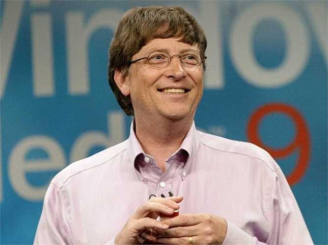 Năm 2005, Bill Gates trở thành người đàn ông giàu nhất hành tinh với tổng tài sản lên tới gần 13 tỷ USD. Kể từ đó, ông luôn luôn có mặt trong danh sách Top 3 người dẫn đầu