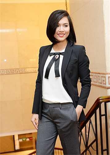 Năm 2015, Hoàng My trở về Việt Nam, đảm nhận vai trò giám đốc đối ngoại của Hoa hậu Hoàn vũ Việt Nam. Bên cạnh đó, cô còn giữ vai trò đồng sản xuất bộ phim Tèo em 2, dự kiến phát hành vào tháng 4/2016. Hoàng My tâm sự, sau khi hoàn thành công việc ở trong nước, cô sẽ trở lại Mỹ tiếp tục sự nghiệp đèn sách