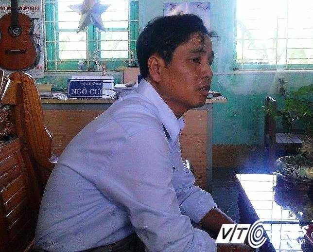 ông Nguyễn Ngọc Dũng - Phó hiệu trưởng Trường Tiểu học Thuận Hòa xác nhận sự việc trên là có thật.