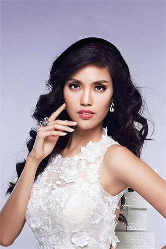 Chính vì vậy, mặc dù tổ chức ở Trung Quốc có thể gây trở ngại cho Lan Khuê, nhưng ai nấy đều hi vọng cho Hoa khôi áo dài Việt Nam 2014 một thứ hạng cao tại Miss World 2015.
