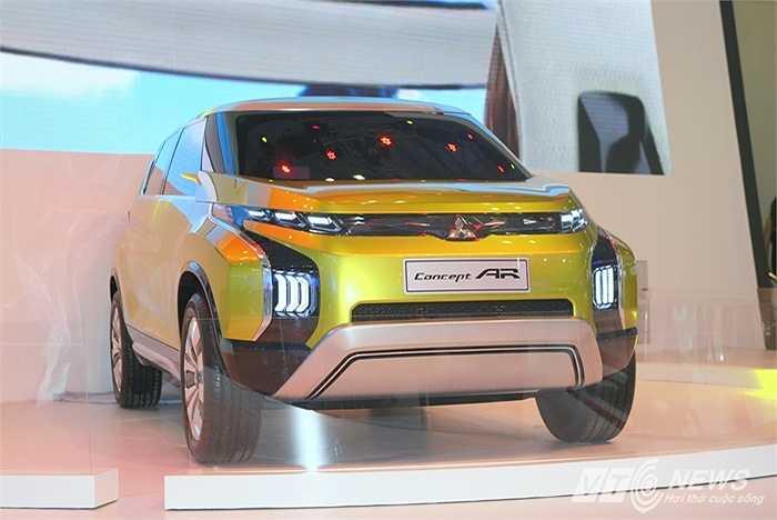 Được giới thiệu lần đầu tiên tại Tokyo Motor Show 2013, Mitsubishi Concept AR (Active Runabout) là sự kết hợp giữa sự đa dụng của dòng SUV và không gian rộng rãi của MPV.