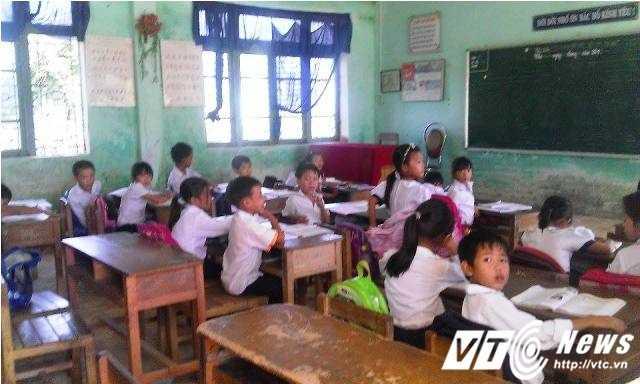 Trường Tiểu học Thuận Hòa đã cử giáo viên khác thay cô Thảo giảng dạy lớp 2/1.