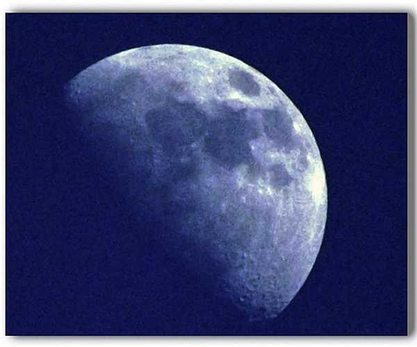 10. Sự ra đời của Mặt trăng vẫn là một bí ẩn chưa có lời đáp. Các nhà khoa học thực sự không có bất kỳ một lý giải nào thuyết phục về việc Mặt trăng đến từ đâu. Có một vài giả thuyết, nhưng nguồn gốc của Mặt trăng vẫn còn là một bí ẩn thử thách.
