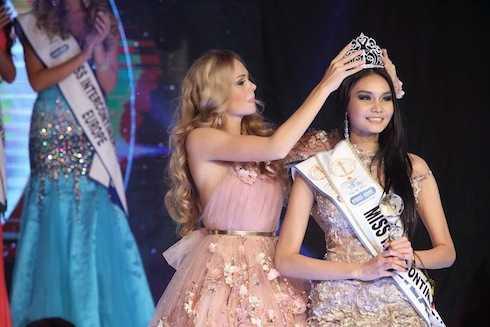 Hoa hậu đương nhiệm, đại diện của Thái Lan (2014) – HH Phatereporn Wang