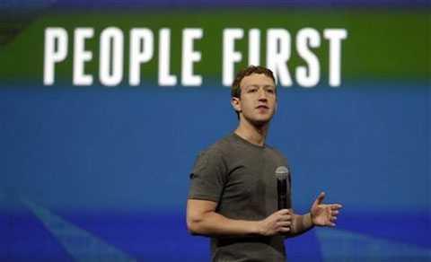 Mark Zuckerberg luôn khẳng định người dùng là ưu tiên số một của Facebook.
