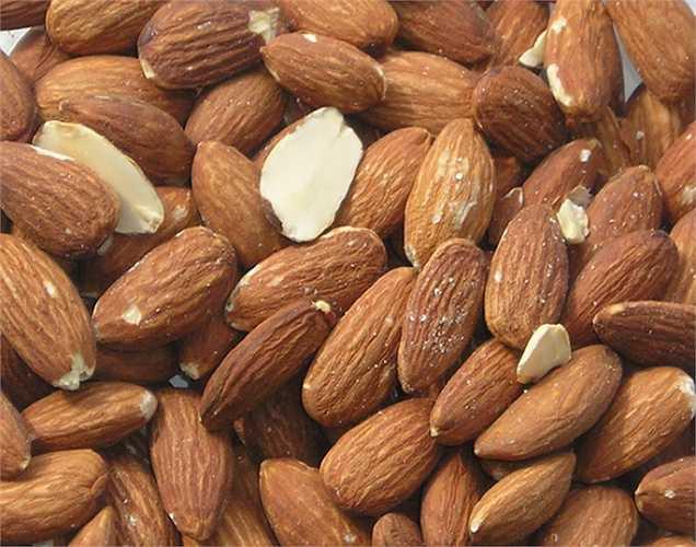 Chọn ra chất béo tốt để sử dụng: các chất béo bão hòa và chất béo trans đều không tốt. Bạn nên có thói quen ăn uống tốt để ngăn ngừa ung thư, đó là lý do tại sao axit béo omega 3 và các chất béo không bão hòa là lý tưởng nhất.