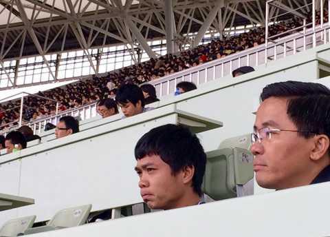 Công Phượng và người đại diện là Trưởng đoàn bóng đá HAGL Nguyễn Tấn Anh tại Nhật Bản