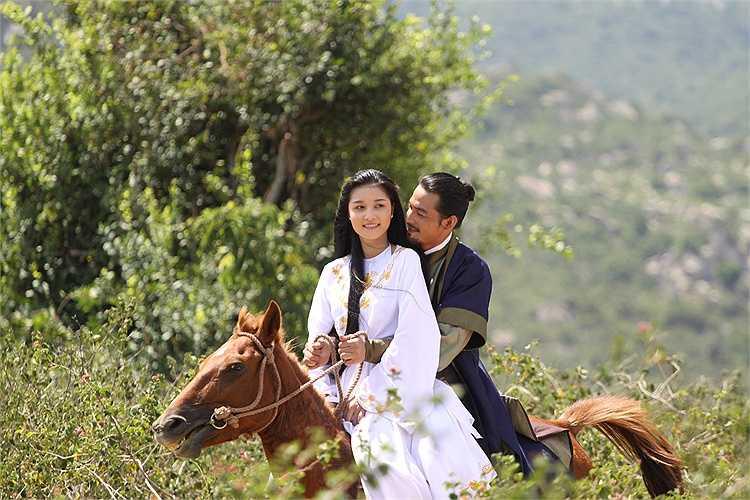 Triệu Thị Hà và Quách Ngọc Ngoan tình tứ trong nhiều cảnh quay khi cả hai cùng hợp tác trong phim mới.