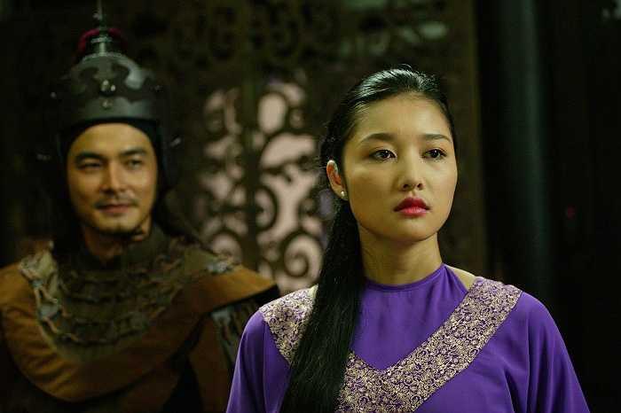 Hoa hậu các dân tộc Việt Nam đóng cặp cùng Quách Ngọc Ngoan.