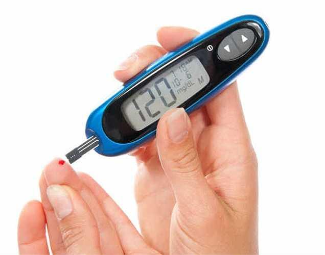 Bệnh tiểu đường: đậu đỗ là loại rau có khả năng điều chỉnh các triệu chứng của bệnh tiểu đường. Vì nó chứa hàm lượng cao chất xơ và ít carbohydrate, nó được coi là thực phẩm lý tưởng cho bệnh nhân đái tháo đường.