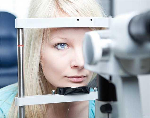 Khỏe mắt: Các carotenoid có trong đậu đỗ giúp ngăn ngừa những căng thẳng cho cơ cấu bên trong của mắt. Các chất hóa học tự nhiên có trong hạt đậu này giúp ngăn chặn suy giảm tầm nhìn như thoái hóa điểm vàng.