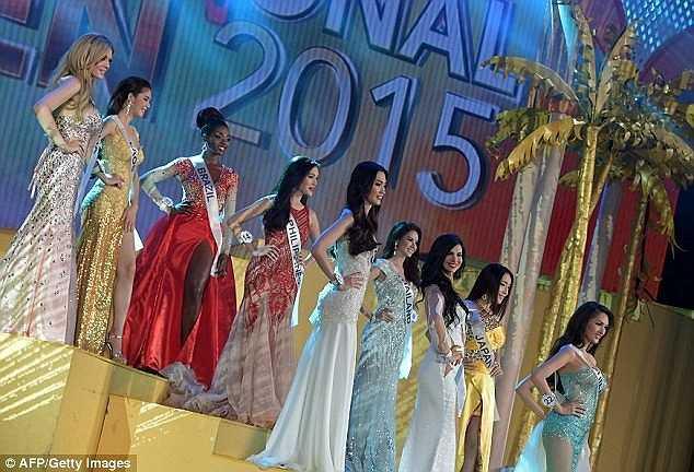 Hình ảnh đêm chung kết Hoa hậu chuyển giới quốc tế 2015 được đánh giá quy mô và sang trọng không kém cạnh bất kỳ cuộc thi sắc đẹp tầm quốc tế nào.