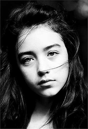 'Bông hồng lai' sinh năm 1998 mang trong mình 2 dòng máu Việt Nam và Ireland