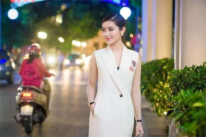 Bộ Ngoại giao Myanmar, thông qua Đại sứ quánMyanmar tại Việt Nam và Liên hiệp Các tổ chức hữu nghị Việt Nam đã gửi thư mời đích danh Huyền My tham gia một bộ phim Điện ảnh về tình hữu nghị hợp tác giữa hai nước.