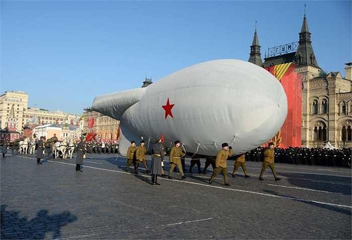Khinh khí cầu cũng được phục dựng