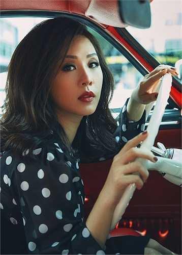 Sắp tới đây, hoa hậu Thu Hoài còn có chuyến công tác dài ngày tại Mỹ. Tại đây, cô sẽ tham dự show ca nhạc lớn nhất của người Việt tại hải ngoại.