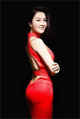Ngoài nhan sắc nổi bật, Thanh Mai còn là người đẹp tài năng trong giới nghệ thuật.
