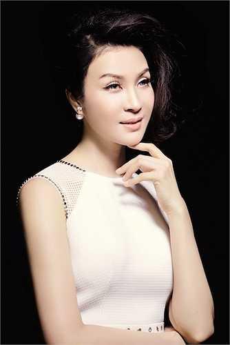 Thành đạt và xinh đẹp, MC Thanh Mai trở thành mẫu phụ nữ được nhiều người ngưỡng mộ.