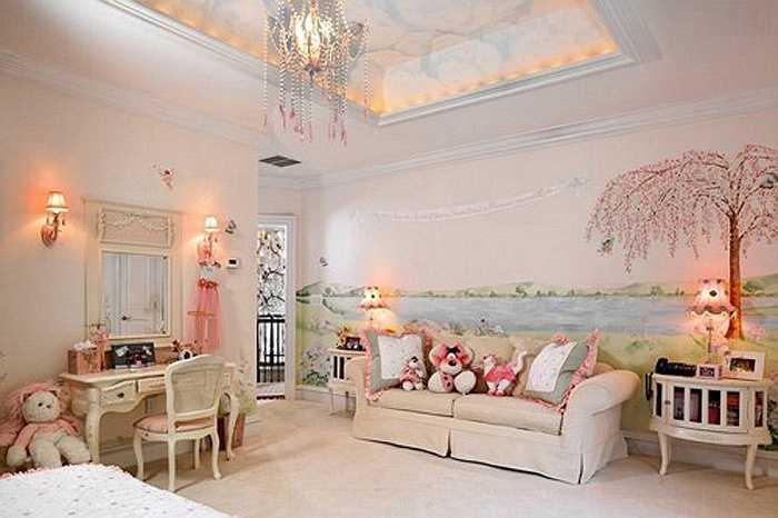 Màu hồng luôn là sự lựa chọn hàng đầu của các bé gái. Đồ nội thất trong phòng ngủ đều được đặt làm để phù hợp với tổng thể phòng ngủ.