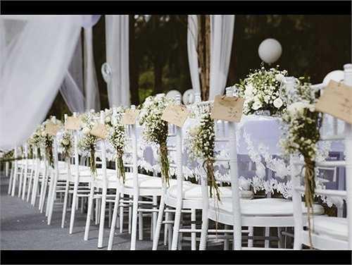 Bàn tiệc được chính tay đại gia Đức An chuẩn bị theo sở thích của vị hôn phu xinh đẹp