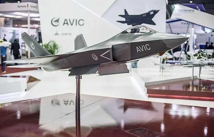 Mẫu máy bay máy bay chiến đấu tàng hình thế hệ 5 J-31 của Trung Quốc