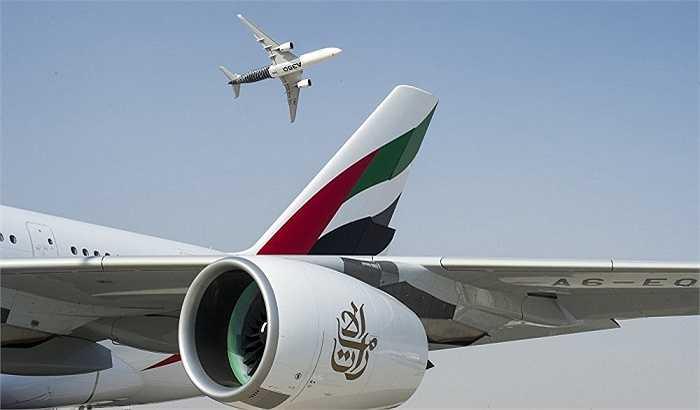 Máy bay thương mại Airbus A350 XWB