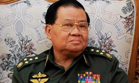 Thống soái Than Shwe, viên tướng quyền lực của quân đội Myanmar. Ảnh: Reuters