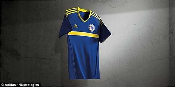 Áo đấu của Bosnia & Herzegovina lại như một phiên bản dự bị của Thụy Điển