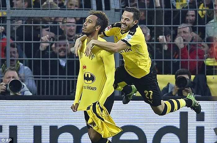 Pierre-Emerick Aubameyang chuyển sang Dortmund từ mùa hè 2013 nhưng phải đến tận năm nay, chân sút người Gabon mới tỏa sáng rực rỡ