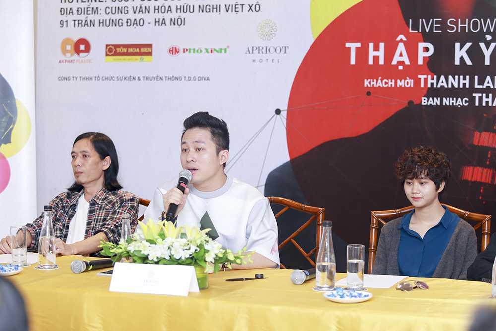 Ê kíp thực hiện livshow Thập kỷ hoan ca (từ trái qua) nhạc sỹ Thanh Phương, ca sỹ Tùng Dương, Lê Cát Trọng Lý