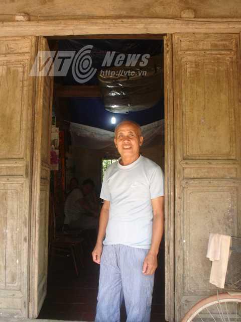 Ông giáo Kiều Phú hiện sở hữu ngôi nhà nghi của ông Tổng Cóc