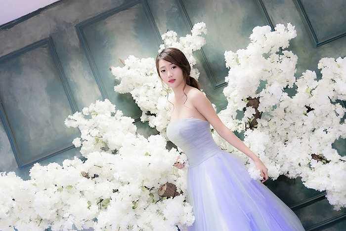 Cô bạn xinh đẹp này là Nguyễn Ngọc Quỳnh, sinh ra và lớn lên tại TP.HCM
