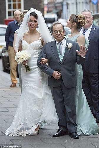 Ngay sau đám cưới, Eva sẽ đưa Mourinho ra tòa. Cô cũng đã mời Eden Hazard làm nhân chứng