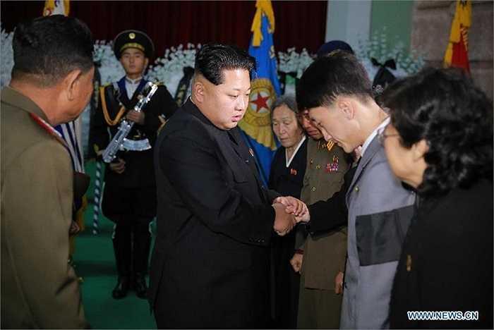 Ông Kim Jong-un chia buồn với thân nhân Nguyên soái Ra Uh Sol