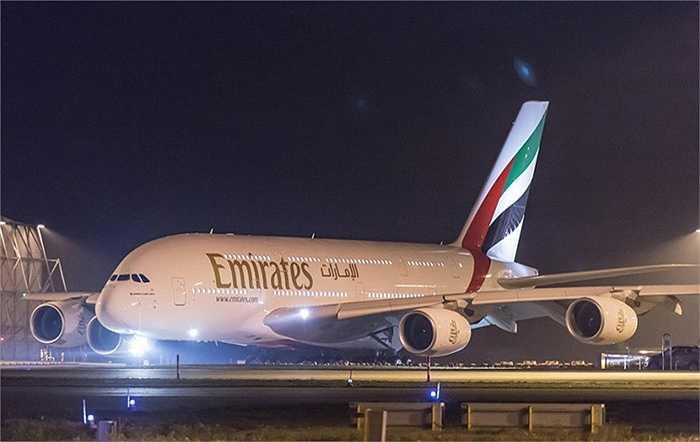 Hạng ghế phổ thông của Emirates liên tục được bình chọn tốt nhất. Việc tăng 130 ghế có nghĩa tăng thêm 13 hàng, mỗi hàng có 10 hành khách