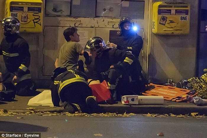 8 kẻ khủng bố đã bị tiêu diệt hoàn toàn