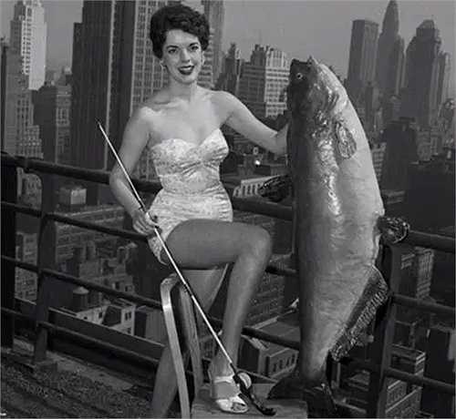 Hoa hậu Săn bắt cá không chỉ tôn vinh sắc đẹp mà còn về khả năng đánh bắt cá của các nữ ngư dân