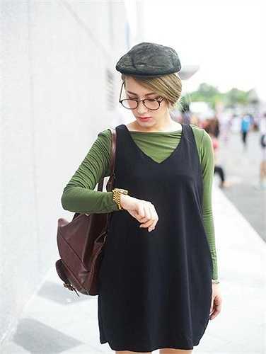 Emmy Nguyễn sinh năm 1991 tại Bangkok, lớn lên tại Úc và hiện đang sinh sống tại Sài Gòn.