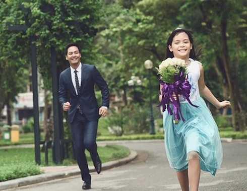 Ông bố hào hoa và con gái lớn Bảo Anh.