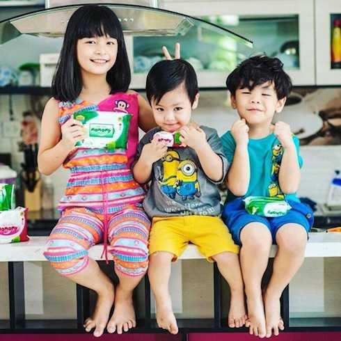 3 cục cưng đáng yêu của MC Phan Anh và bà xã Dương Ngọc.