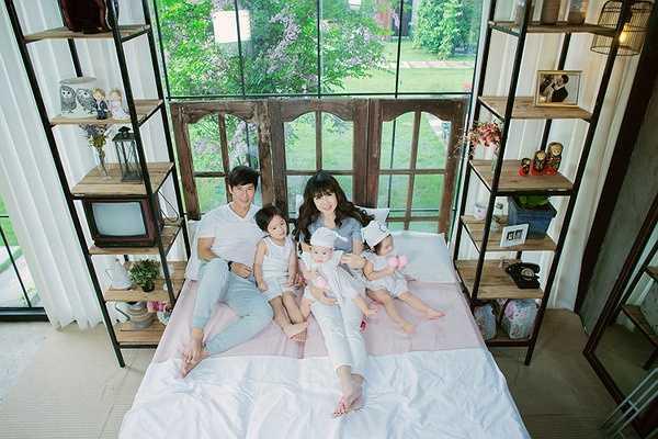 Gia đình Lý Hải – Minh Hà được xem là hình mẫu của showbiz. Tuy nhiên, giọng ca Trọn đời bên em lại từ chối danh xưng này