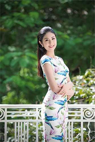 Hoa hậu Việt Nam 2010 ngày càng quyến rũ.
