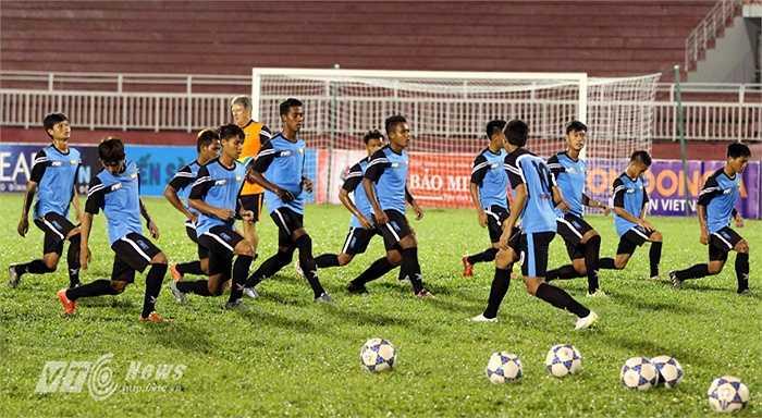 U21 Myanmar nằm cùng bảng với U21 HAGL và U19 Hàn Quốc. Họ sẽ có trận đấu đầu tiên vào ngày 22/11 gặp U19 Hàn Quốc.