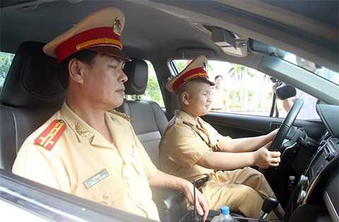 Cậu bé ung thư, mơ làm CSGT, Đà Nẵng, Đại tá Lê Ngọc, PC67, Công an, sống phải yêu thương
