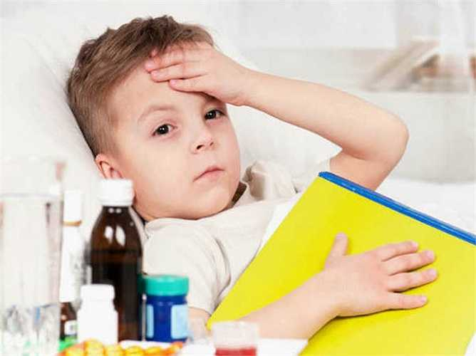 Liều cho trẻ em: Trong khi cho thuốc kháng sinh cho trẻ em, bạn phải rất cẩn thận về liều lượng. Quá liều thuốc kháng sinh gây hại cho trẻ em. Có nhiều loại thuốc kháng sinh có sẵn trong thị trường hiện nay được làm đặc biệt dành cho trẻ em.