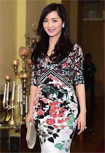 Giáng My cũng là hoa hậu đầu tiên và duy nhất của cuộc thi Hoa hậu đền Hùng
