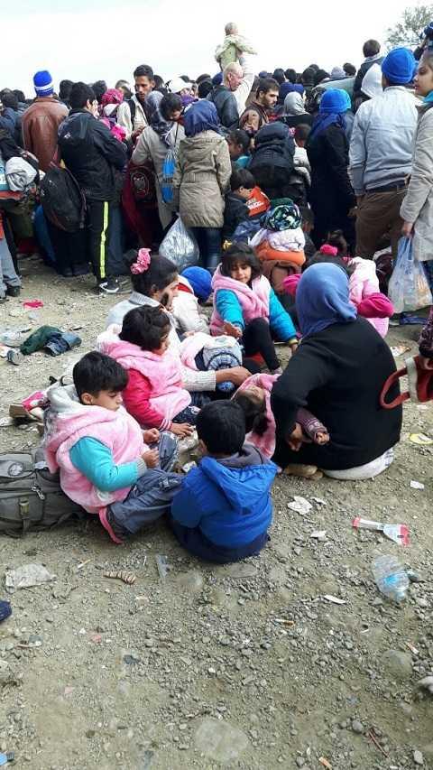 Đoàn người tỵ nạn mắc kẹt ở biên giới Hy Lạp