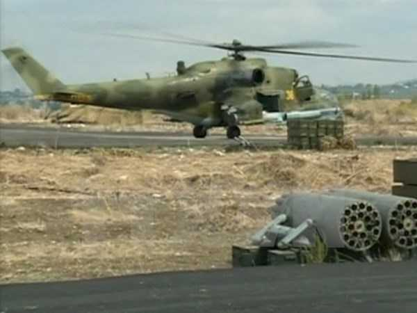 Trực thăng không quân Nga tại căn cứ Heymim ở thị trấn Latakia, Syria ngày 6/10. (Nguồn: Reuters/TTXVN)