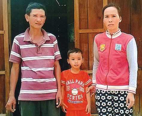 Gia đình em Nguyễn Quốc Sơn.