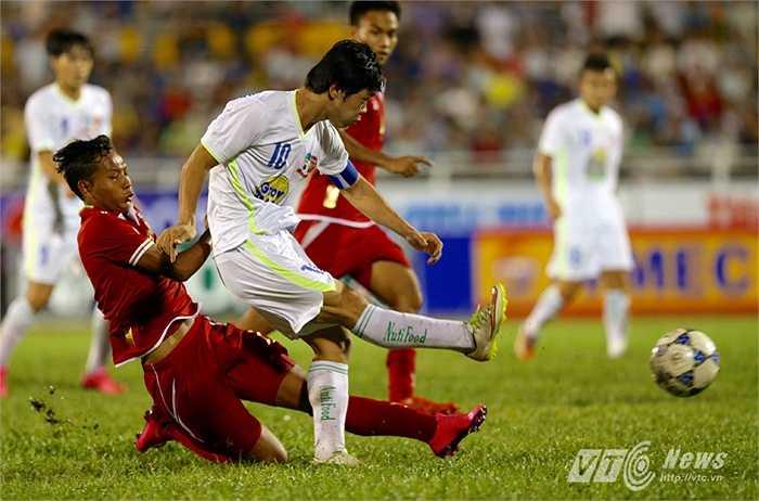 Công Phượng cũng chính là một trong nhưng cái tên mà HLV U21 Myanmar phải nhắc tới (Yến Thanh - Ảnh: Quang Minh)